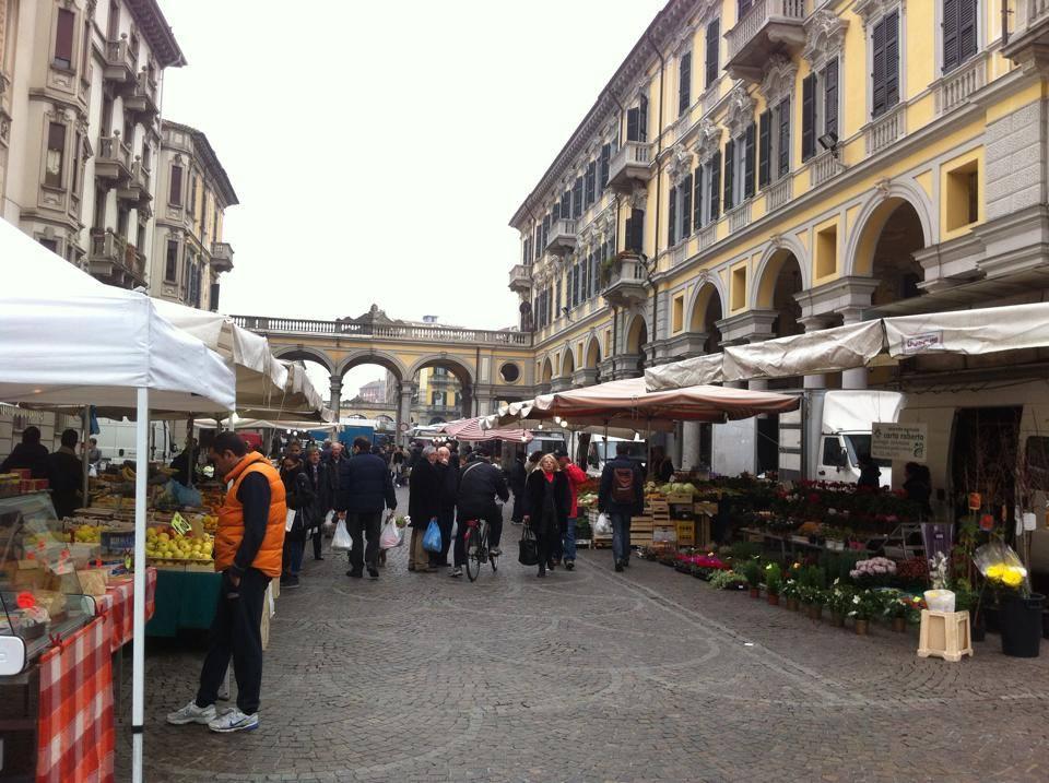 Mercato di Piazza Marconi
