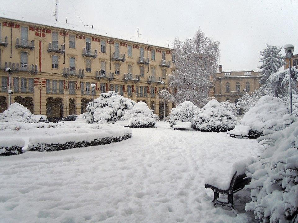 2013 - Piazza Genova sotto la neve - foto Sergio Perissinotto