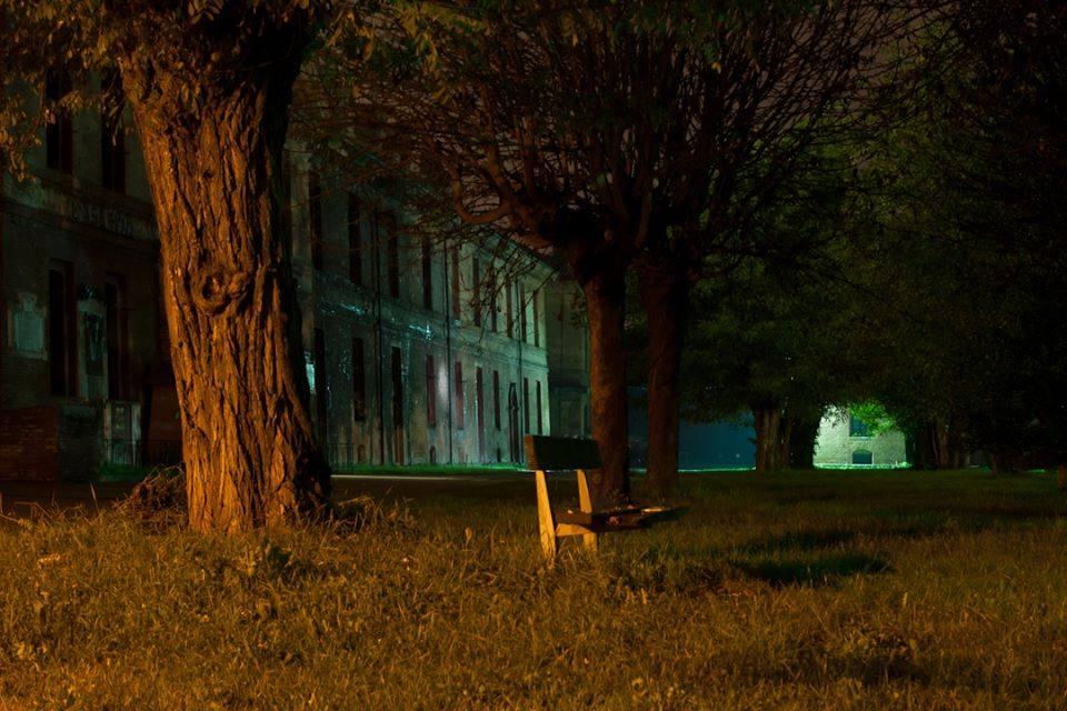 Foto notturna della Cittadella, molto suggestiva.