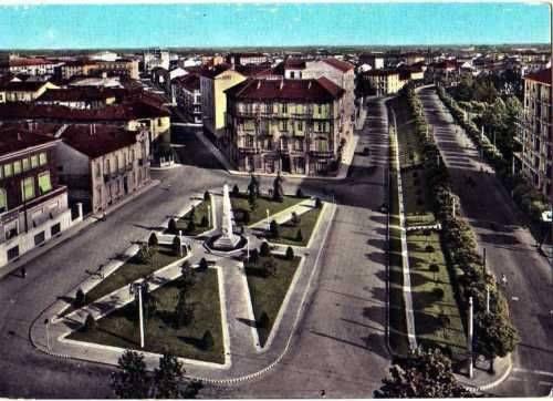 Alessandria - Piazza d'Annunzio - 1961.