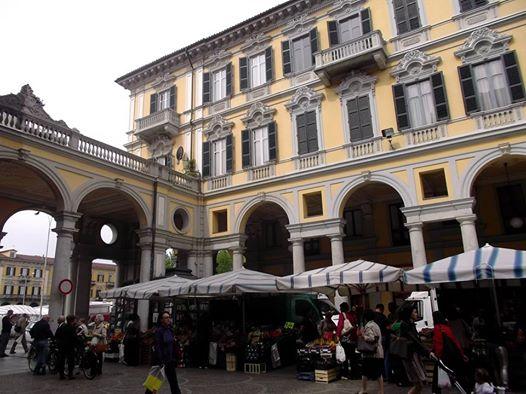 Mercato di Piazza Marconi (2015)