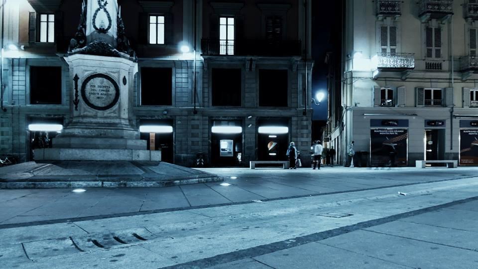 I colori della notte - Piazzetta della Lega (foto Altronauta - 2015)