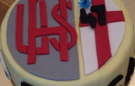 Torta di compleanno con stemma dell'Alessandria calcio
