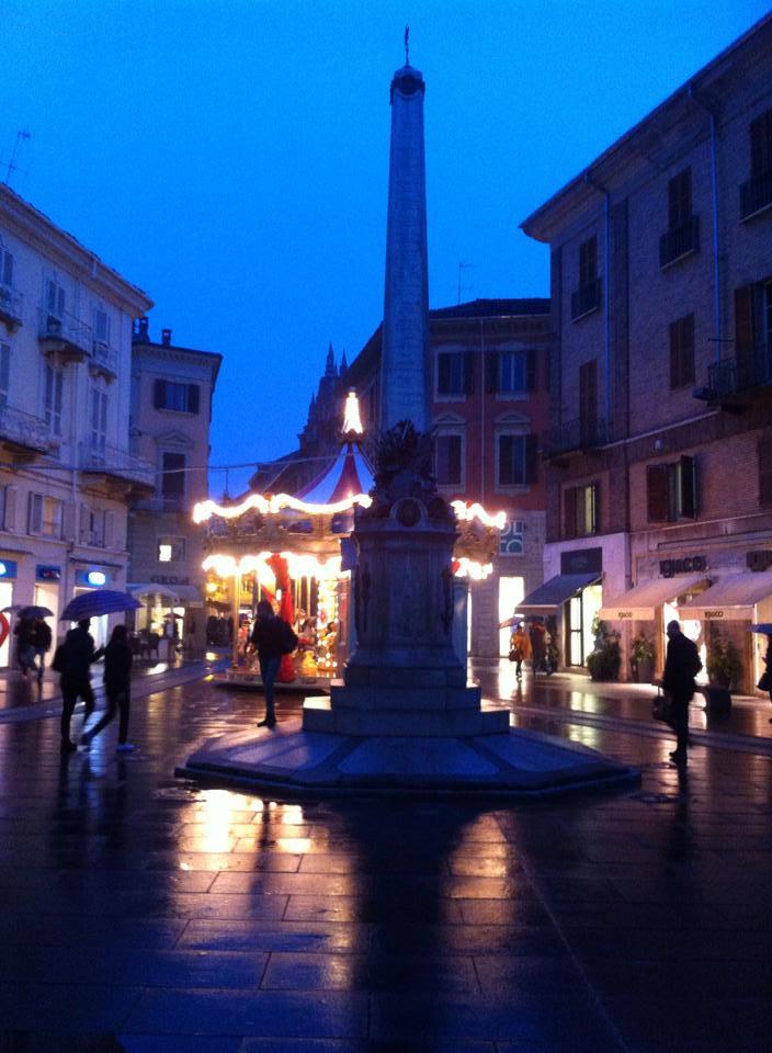 Novembre 2014 - La giostra in Piazzetta della Lega