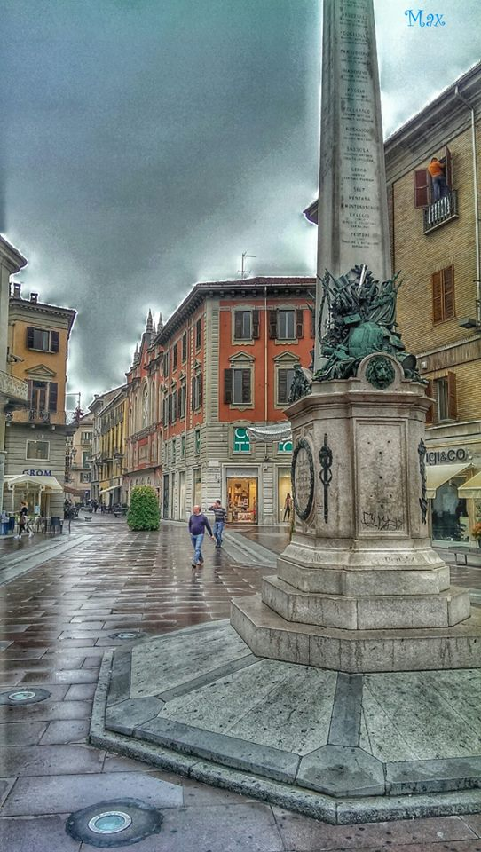 Piazzetta della Lega dopo la pioggia…