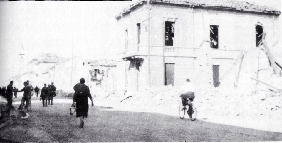 1944 - Ecco come si presentava Corso Acqui dopo un'incursione aerea