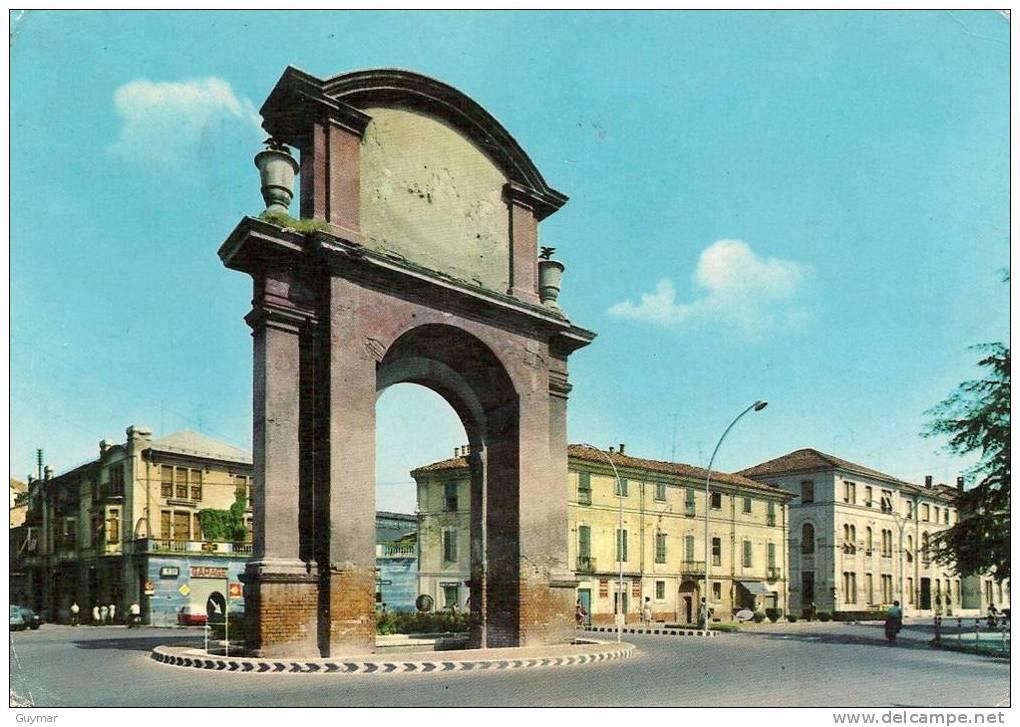 AL - PIAZZA GENOVA - L'ARCO
