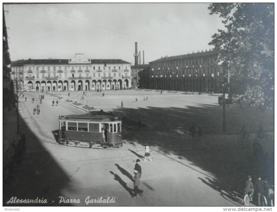 ALESSANDRIA PIAZZA GARIBALDI FILOBUS ANIMATA