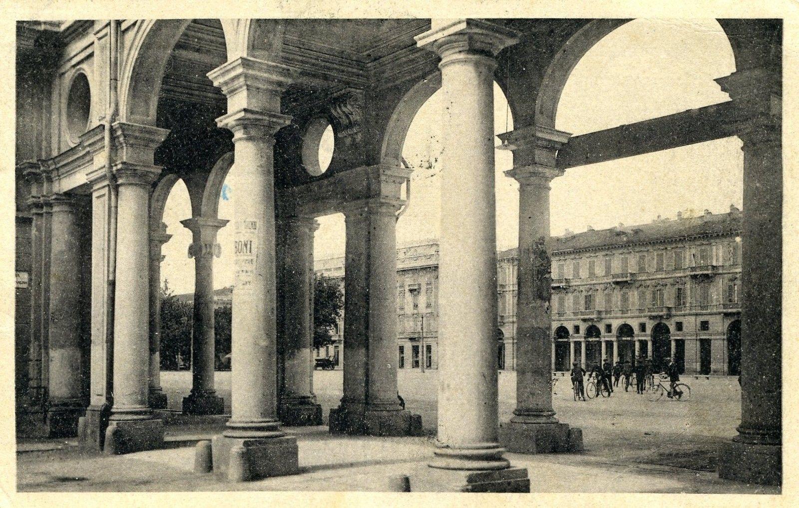 Alessandria - Portici di Piazza Garibaldi