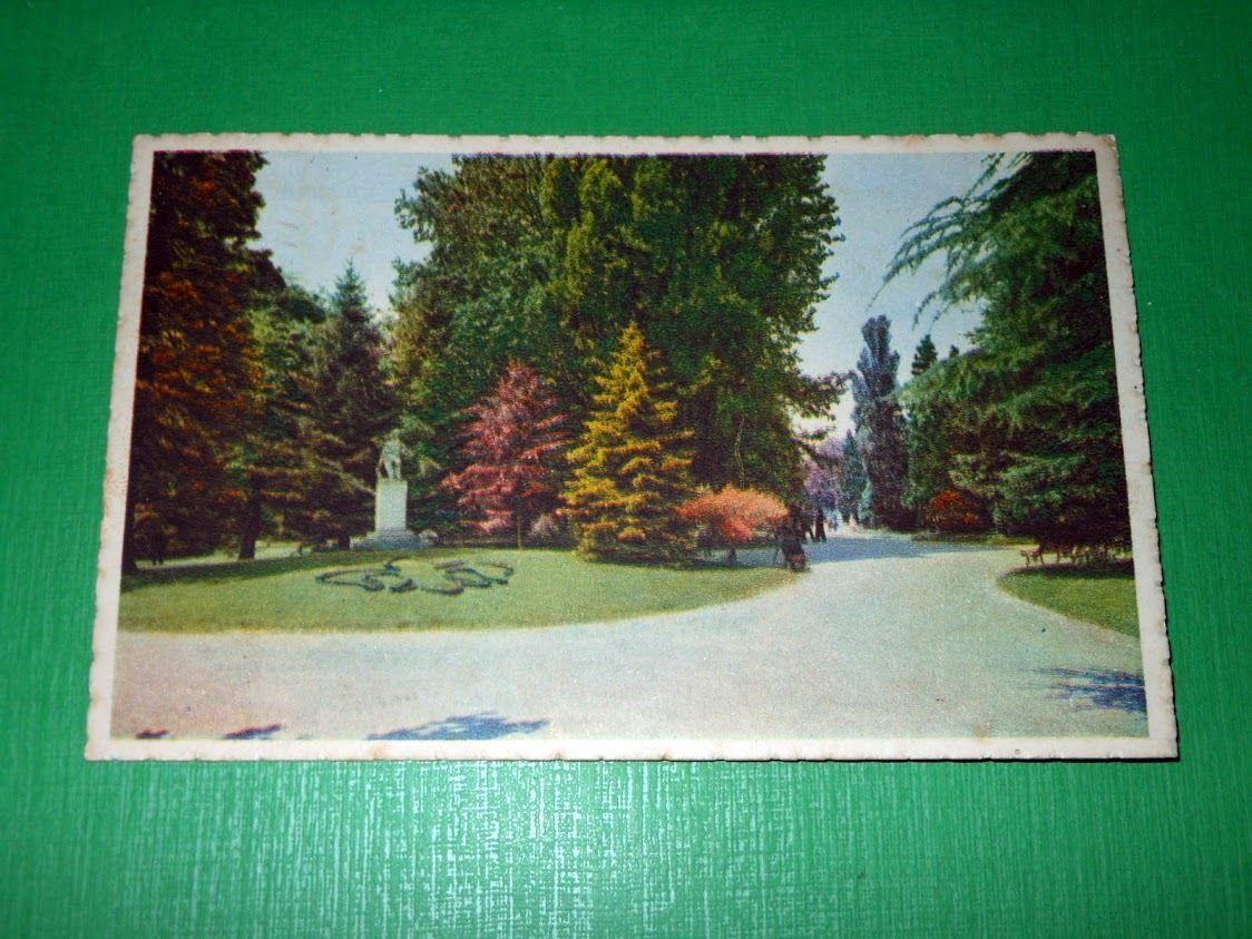 Cartolina Alessandria - Giardini - Monumento a Vochieri 1940