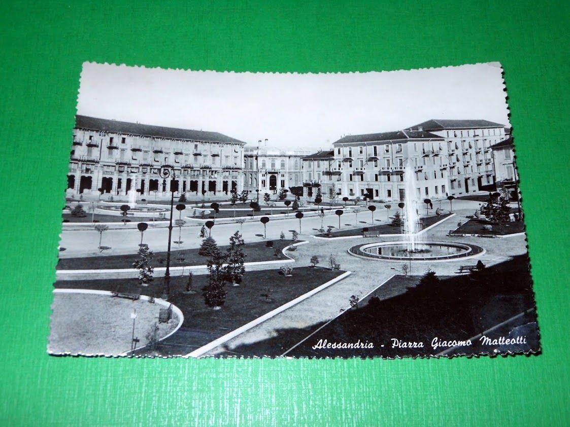 Cartolina Alessandria - Piazza Giacomo Matteotti 1952