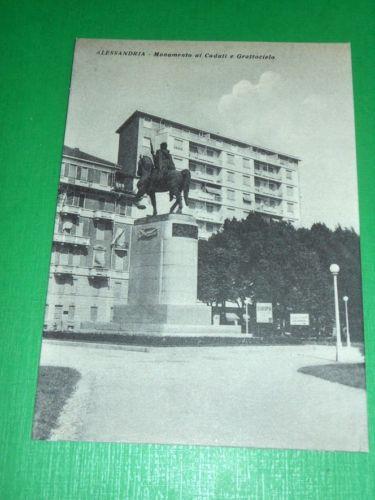 Monumento ai caduti e grattacielo - 1950