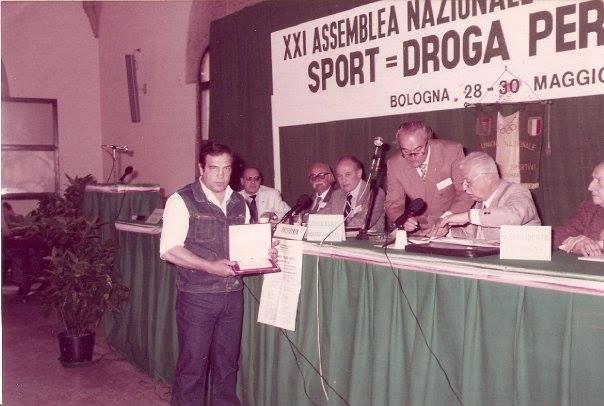benito Michelon - Premiazione targa e pergamena - Augusta Taurinorum - consegnata per meriti sportivi e umani.
