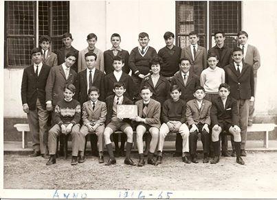 """Scuola Media """" A. Vochieri """" anno scolastico 1964/1965, con l'insegnante di matematica ( Laguzzi ) se ben ricordo."""