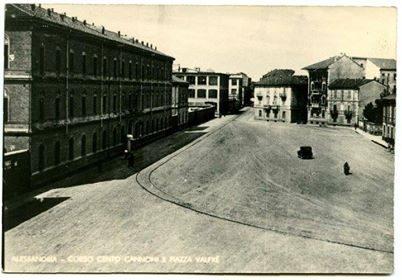 Corso Cento Cannoni e Piazza Valfrè