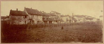 Foto Castellani Antico quartiere di Arzola. 54x22cm carta all'albumina montata su cartoncino, 1880 (Fototeca civica, Alessandria)