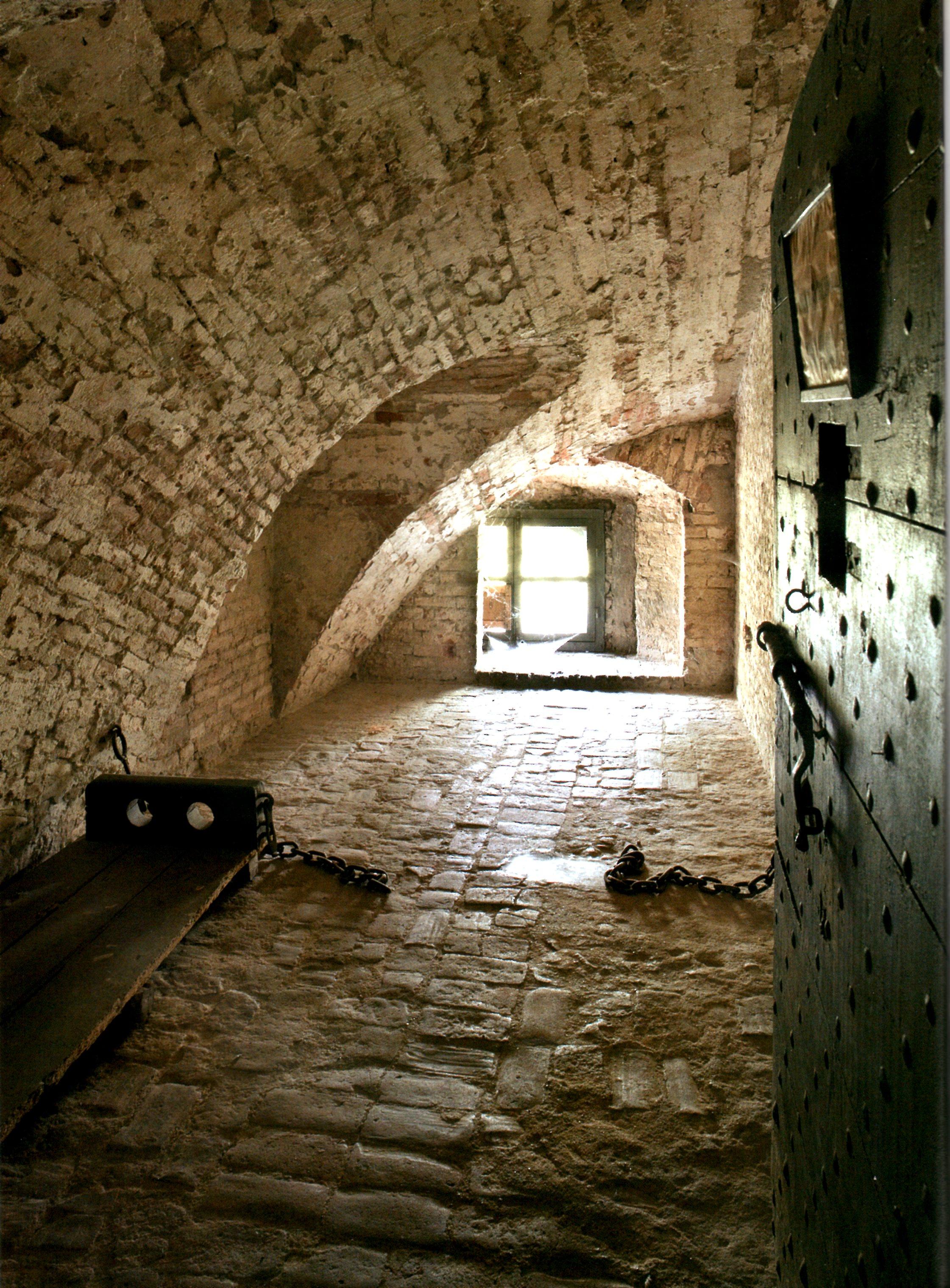 La cella nella Cittadella di Alessandria dove fu rinchiuso Andrea Vochieri.