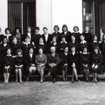 """Isituto Magistrale """"Diodata Roero di Saluzzo"""" a.s. 1964/65 – classe seconda Insegnante di musica: prof. Massone."""