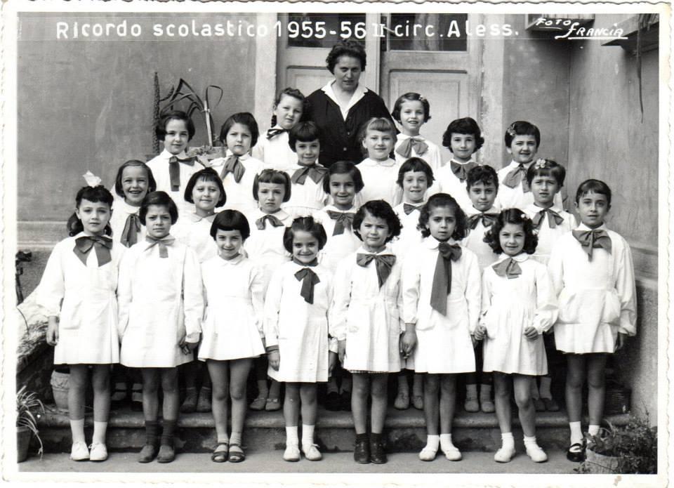 "Scuola elementare ""Galileo Galilei"" -A.S. 1955/56. Classe prima. Insegnante: Giuseppina Berruti Longo"