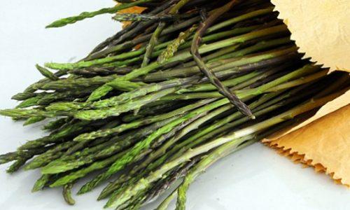 Ricette tipiche: Frittata di Vertis (asparagi selvatici) e asparagi selvatici al forno