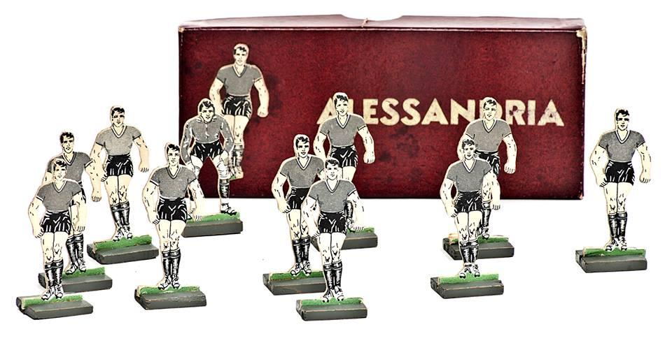 U.S. Alessandria - primi anni 40. Fantastici giocatorini antenati del Subbuteo