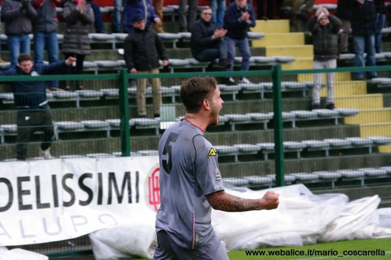 05-01-014 Alessandria-Pergolettese 3-1 Gol di Sirri. (2)