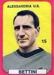 20 giugno 1965, siamo in Serie B, è l'ultima di campionato. Al Moccagatta arriva il Verona. Gara tra due squadre ormai tranquille e non mancano dunque i gol e lo spettacolo. Finisce 5-3 per i Grigi, con 2 gol di Bettini (nella foto) quell'anno capocannoniere della squadra con 12 reti.