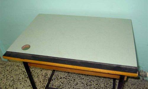 Noi che….avevamo i banchi di scuola in legno