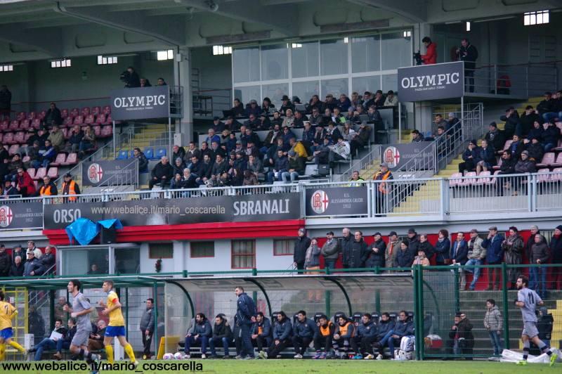 05-01-014 Alessandria-Pergolettese 3-1 La tribuna