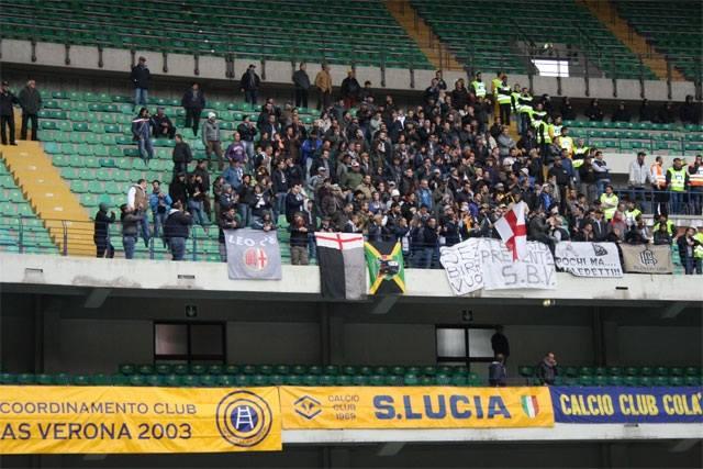 06-04-014 Virtus Verona-Alessandria i tifosi grigi al Bentegodi - 2