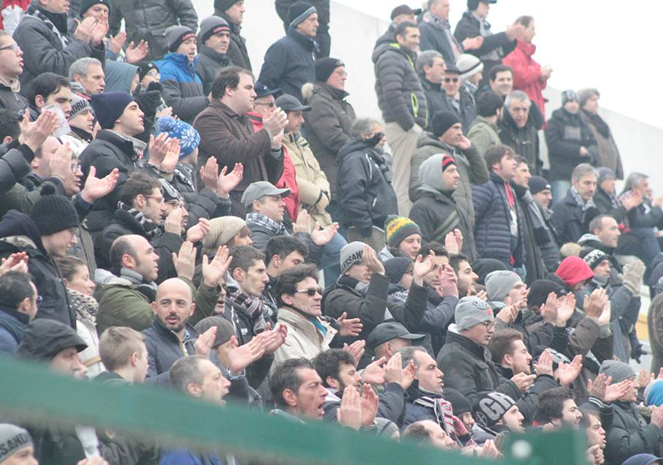 Alessandria - Real Vicenza 2-0 - 02-02-014 - La curva