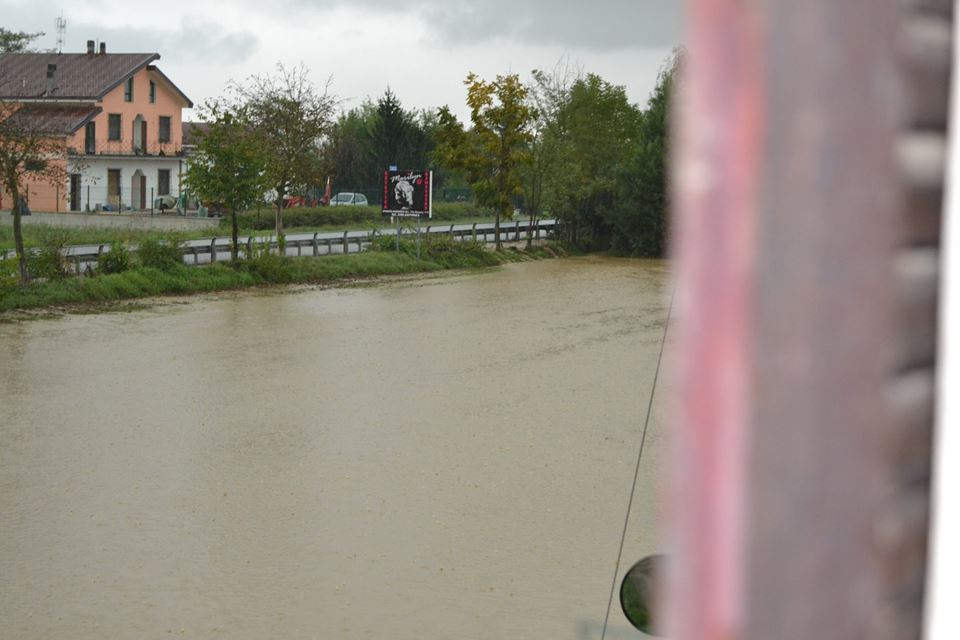 Litta Parodi ,il rio Lovassina esonda