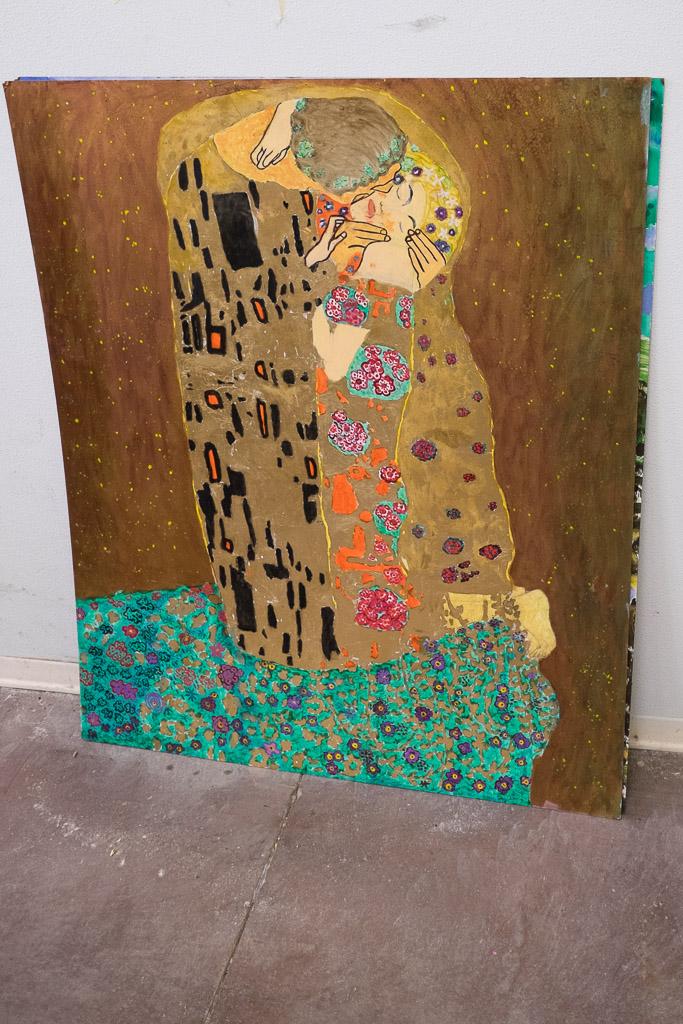 """Una riproduzione de """"Il bacio"""" di Klimt realizzata da un detenuto"""