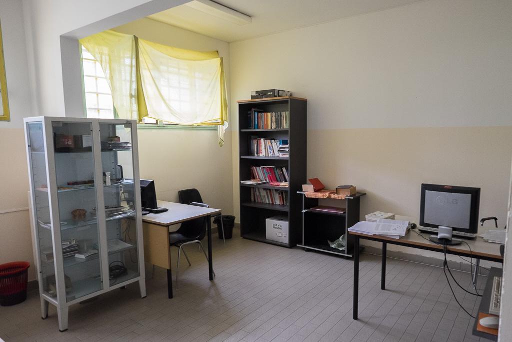 Al piano vi è anche uno spazio dedicato allo studio con tanto di pc (privi della connessione a internet)