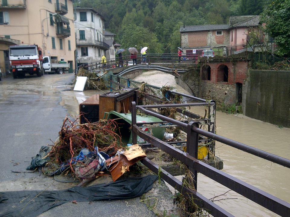 Castelletto, di fronte a rio Albara