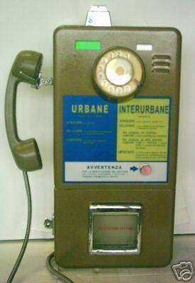 """COME ERAVAMO.... Questo era il nostro """"smartphone"""" negli anni 80: nessuno ti cercava,nessuno ti trovava...a meno che non chiamavi tu.....e bene che si stava!"""