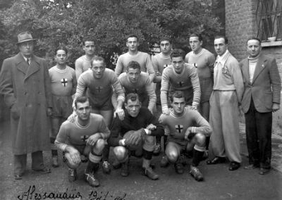 Campionato di serie B 1941/42, quinta giornata, 23 novembre. Ospite il Prato l'Alessandria vince 2-0 con due gol di Foglia, il capocannoniere Grigio di quell'anno.