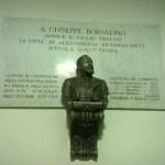 Lapide commemorativa e busto dedicati a Giuseppe Borsalino siti nel Palazzo del Comune di Alessandria