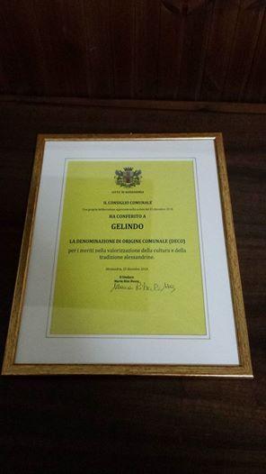 A Gelindo, un premio dopo novant'anni di onorato servizio.Ha fatto sorridere generazioni di Alessandrini. Bunasira cari siuri.......