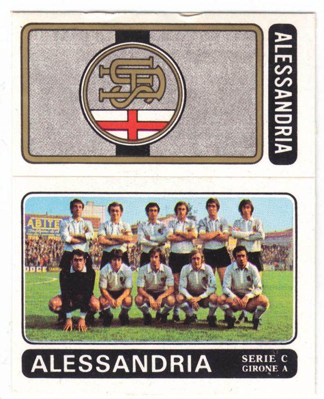 1972-73. Versione pantaloncini neri (standard) e versione pantaloncini bianchi (variante probabilmente utilizzata anche all'epoca solo per distinguersi meglio dalla squadra avversaria)