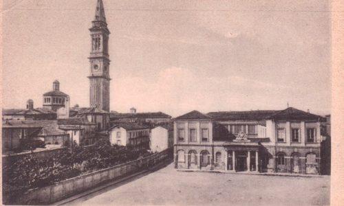Scuola De Amicis e Bobbio..prima e dopo.      foto Carlo Sterpone