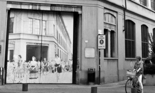 L'ingresso dell'ex fabbrica Borsalino ora sede dell'Università.