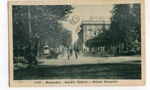 Una insolita Piazza Vittorio Emanuele (Piazza della Libertà)….sembrava ma non lo è….sono i Giardini Pubblici