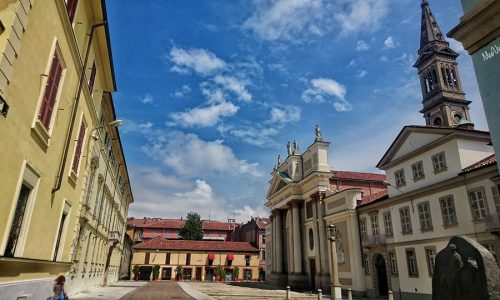 Chi sa dire dove si trova piazza Giovanni XXIII?