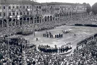 Anni '50 – Cerimonia della Madonna pellegrina (1956)